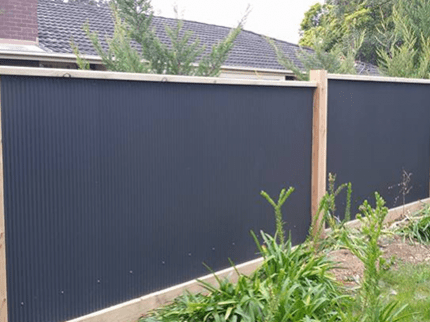 Lightweight Modular Fencing Img