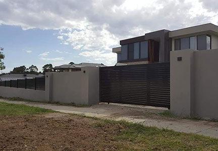 Brick Fence 432x301